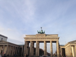 Berlin – Curryvursts, Christmas Markets, Museums, The Berlin Wall & the best Burger I've ever tasted